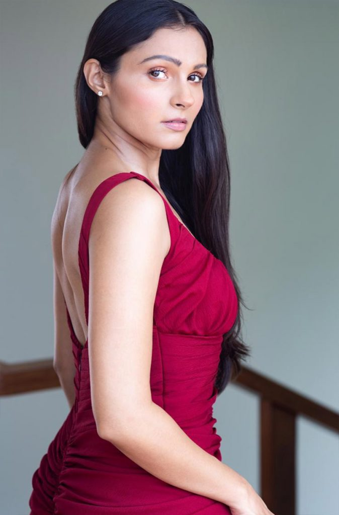 Actress Andrea Jeremiah looks bright & beautiful in red ...